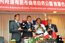 collaboration between the YSNP and Adamello Brenta Nature Park in Italy